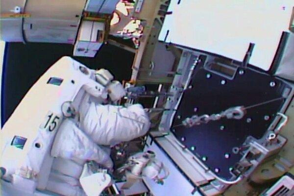 باتری های ایستگاه فضایی بین المللی تعویض شدند