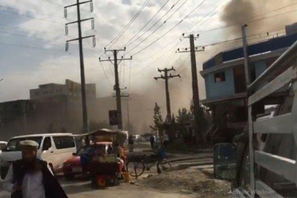 والی میدان وردک افغانستان از عملیات انتحاری جان سالم به در بُرد