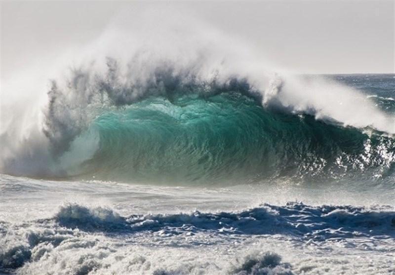 هواشناسی ایران، هشدار موج های 2.5 متری در شمال و جنوب