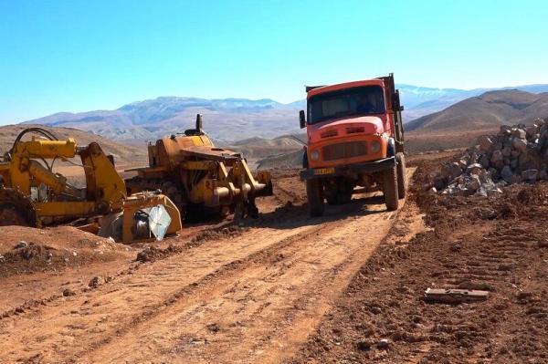 خبرنگاران کار احداث جاده سمیرم - یاسوج از سر گرفته می شود