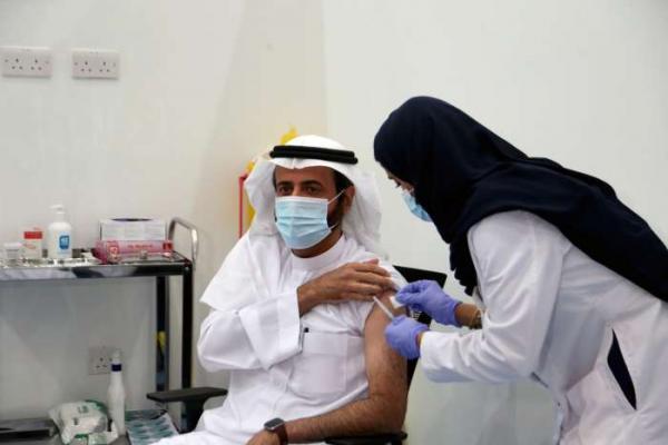 عربستان سعودی: دریافت واکسن، شرط سفر خارجی، ورود به مدارس، دانشگاه ها، ادارات و مراکز خرید